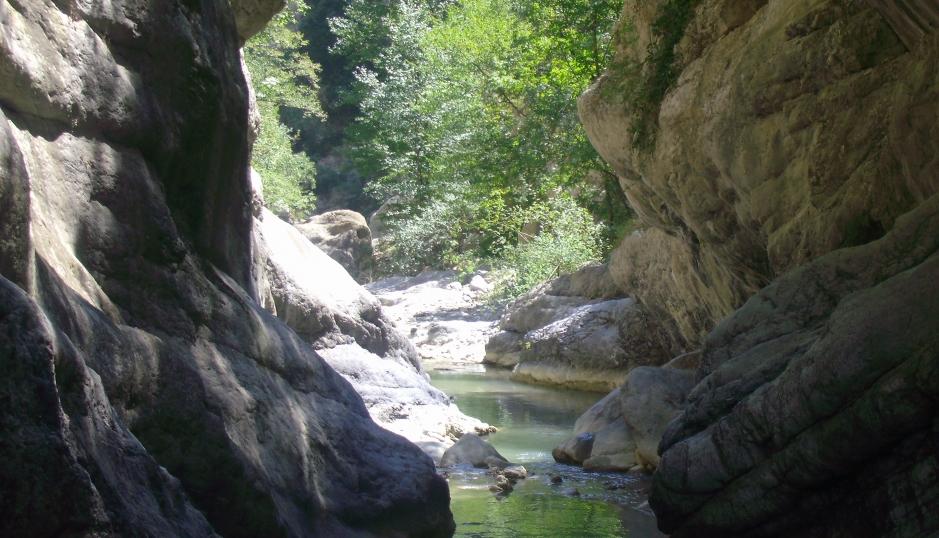 calabria mare e monti On cabine vicino al parco nazionale del diavolo